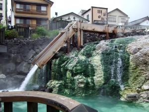 この風景こそ、草津温泉のランドマークといったイメージです。