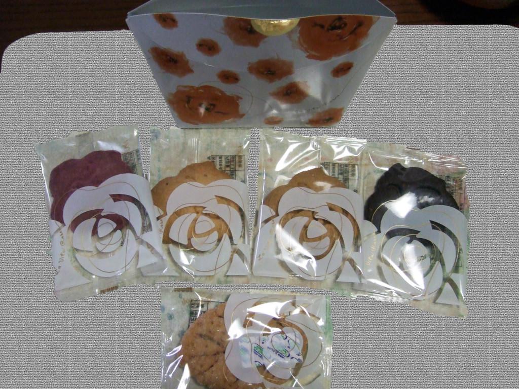 私自身には徳島ご当地の洋菓子をいただきました。
