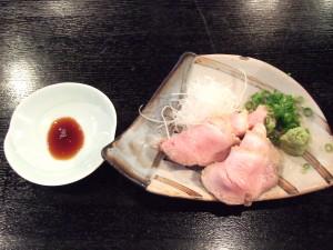 昨日の本店では食べられなかった鴨のたたきが、ここではランチでもOKで美味しく食べることが出来てメッチャうれしい!