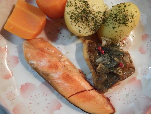 焼き鮭(日本海荒波育ちの銀鮭)&マトウダイのムニエル