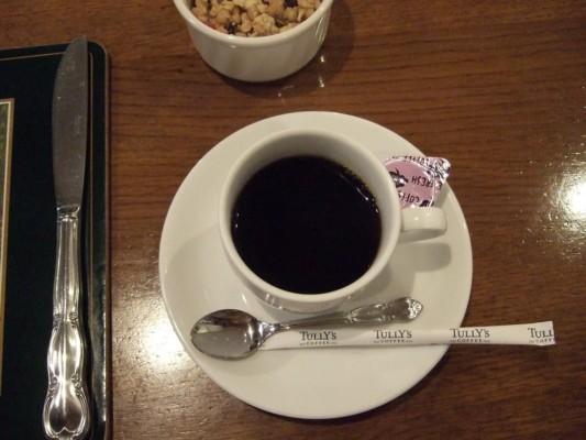 朝もコーヒーで最初一杯