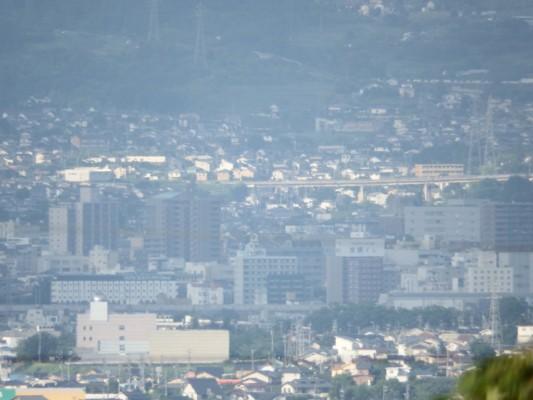 北向き観音 境内から望遠カメラにて撮影した上田市内の風景