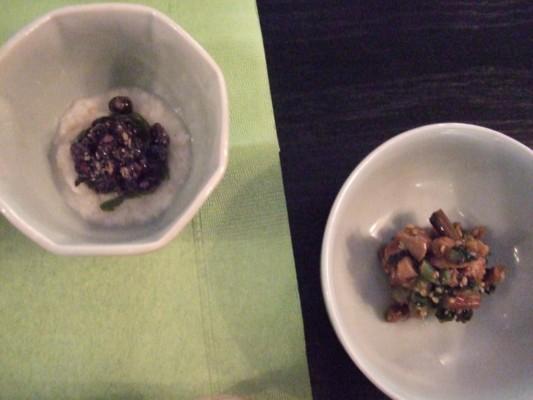 二つの小鉢