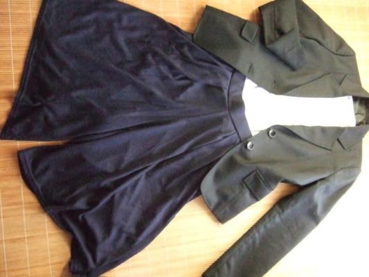 3.ネイビースーツに紺のガウチョ