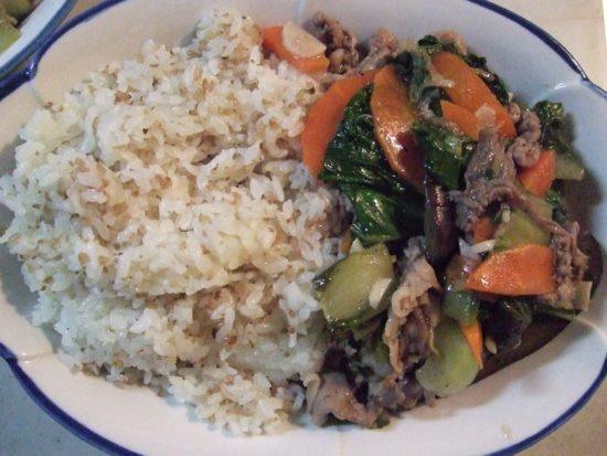 野菜と豚肉のあんかけ丼