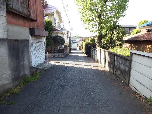 小金井街道を避けて、住宅街の道を通過。