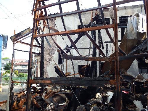 火災で全焼した後の家