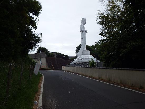東福寺の巨大観音像