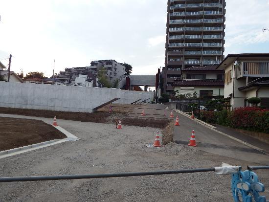 練馬所沢線(下安松工区)工事現場
